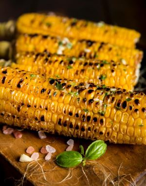 Grilled Corn with Butter